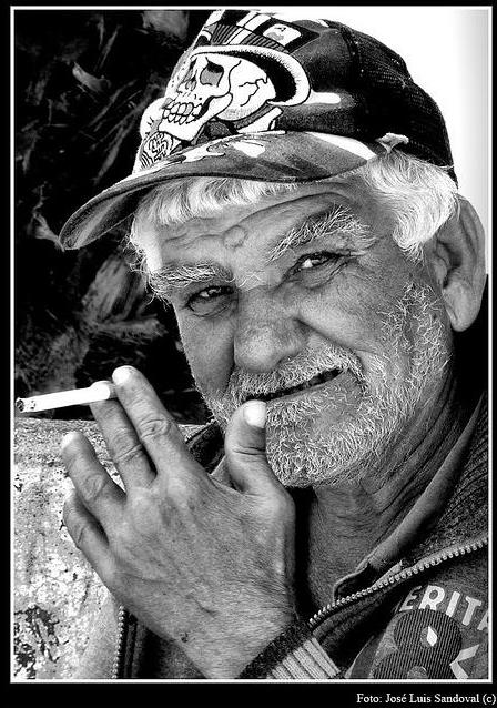 Retrato en blanco y negro,  y gris taciturno (Foto: José Luis Sandoval)
